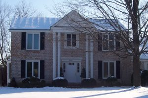 Bobson craftsmen installed new vinyl windows in this Southfield home