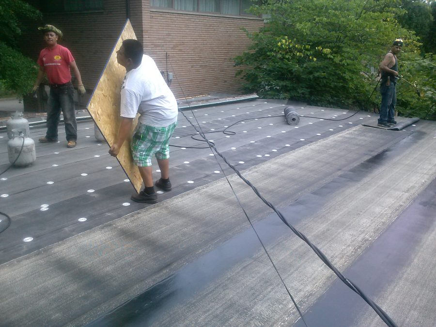 Flat Roofing Contractor Detroit