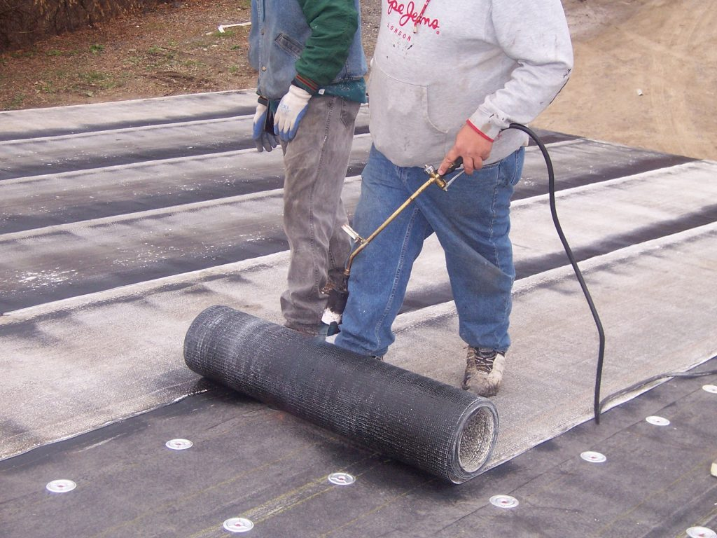 Flat Roofing Company Detroit Michigan